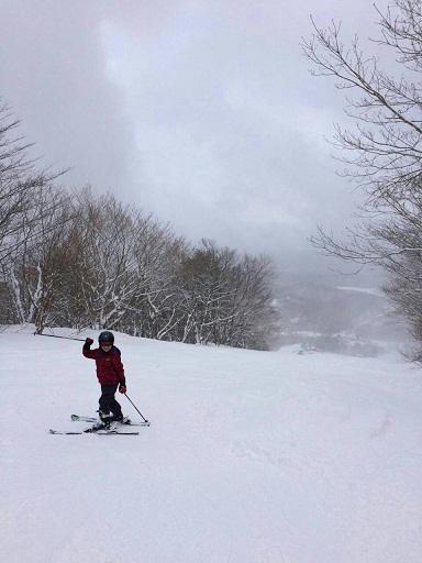 สัมผัสประสบการณ์หิมะที่่ลานสกี